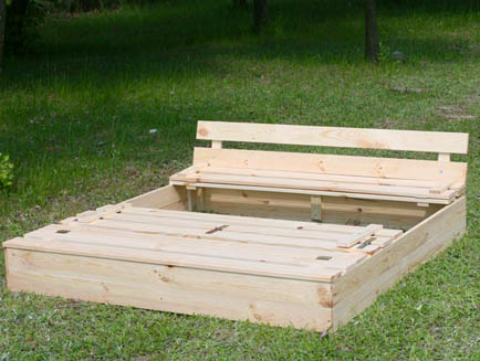 Sandpit P 03 120x120x20 Wooden Sandbox with benches & lid